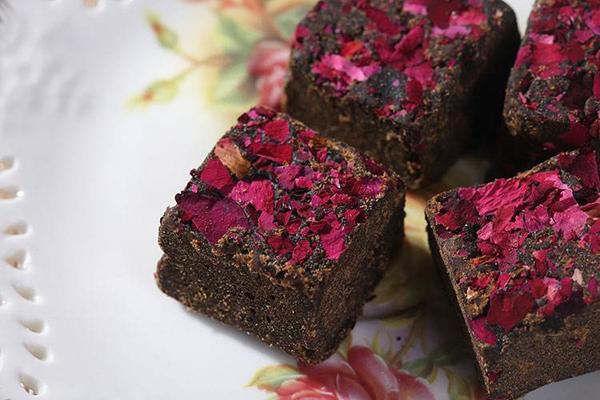 黑糖玫瑰茶什麼時候喝好 黑糖玫瑰茶經期可以喝嗎 - 每日頭條