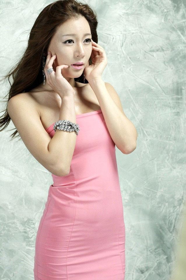 韓國金髮美女性感迷人寫真 - 每日頭條