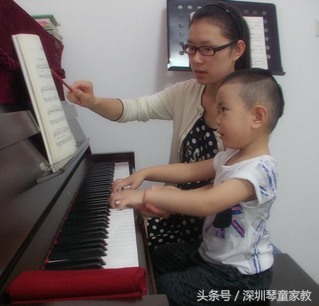 鋼琴小知識:原來鋼琴陪練也是門藝術。看後才懂 - 每日頭條