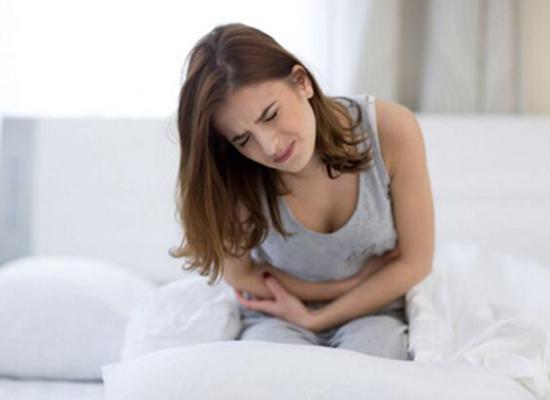 月經里黑黑的血塊到底是啥?血瘀,子宮病變,流產哪種說法靠譜? - 每日頭條