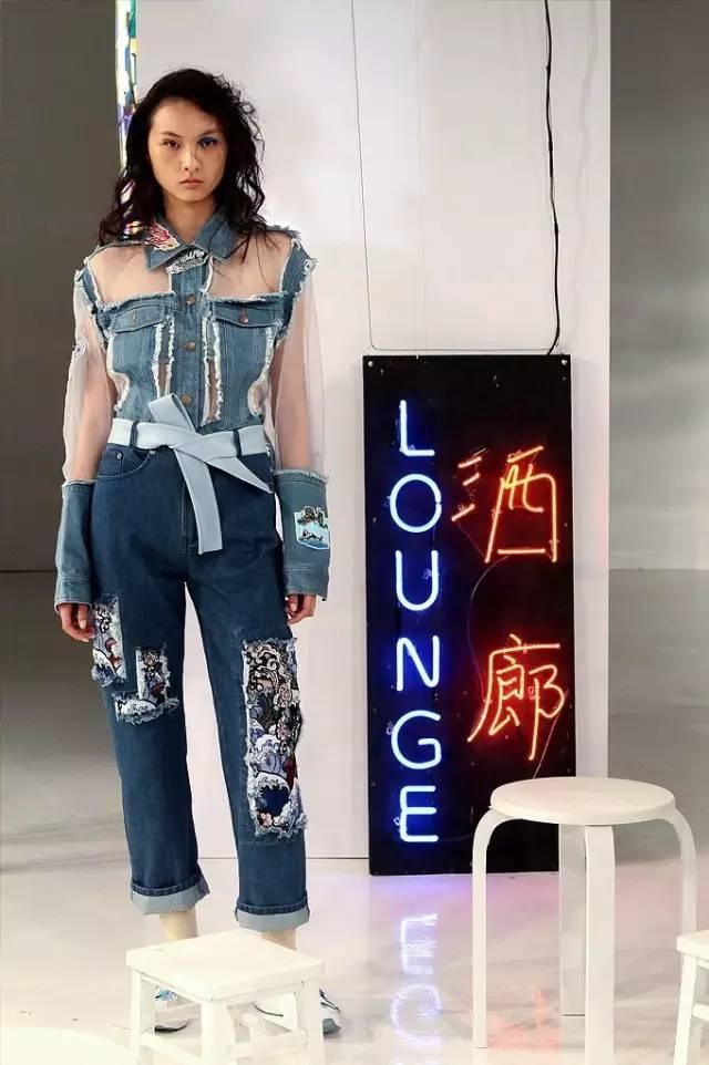 Ground Zero 將漢字玩的毫無違和感!幽默色彩打造鬼馬街頭混搭風 - 每日頭條