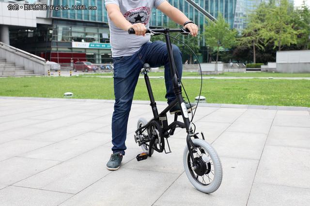 駕輕就熟 輕客摺疊電單車TF01體驗評測 - 每日頭條