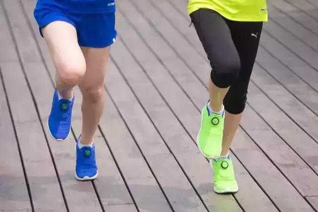 護膝到底能不能戴?你的疑問都在這裡………… - 每日頭條