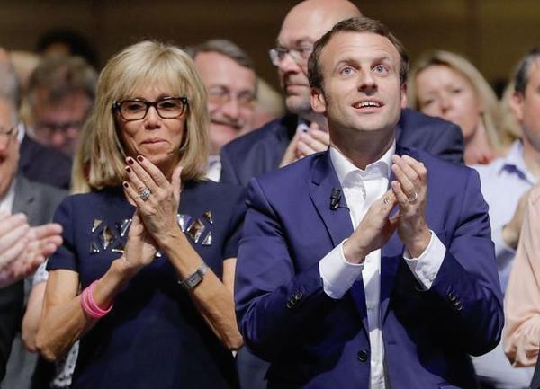 馬克龍夫婦:39歲的法國總統和63歲的第一夫人! - 每日頭條