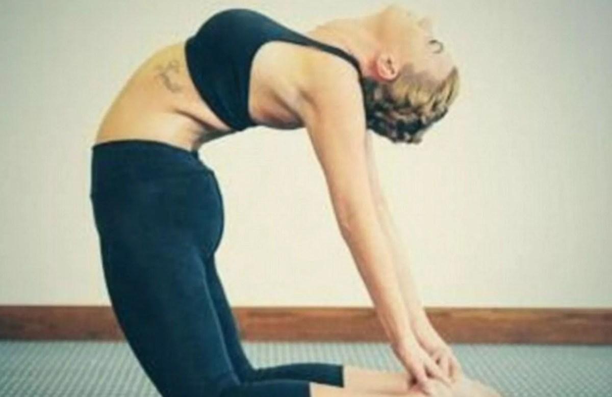 Billi Mucklow's yoga selfie