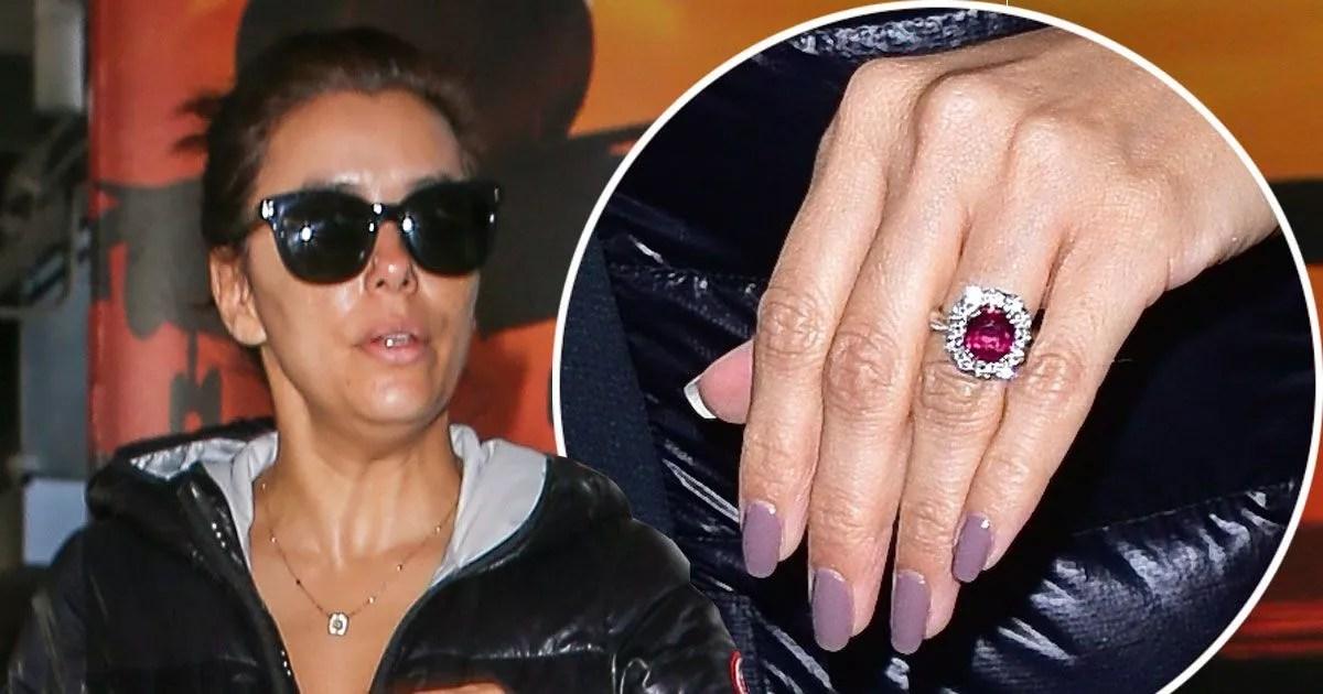Eva Longoria Flashes Gorgeous Engagement Ring As She Lands