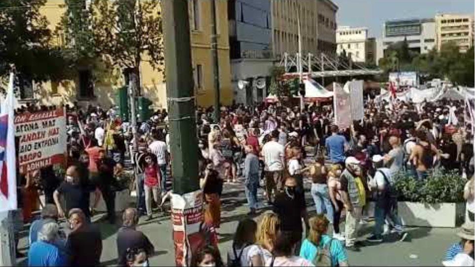 Τεράστια σε όγκο απεργιακή συγκέντρωση στην Αθήνα