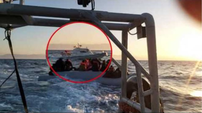 Συνοδεία τουρκικών ακταιωρών οι λέμβοι με τους αλλοδαπούς στο Αιγαίο