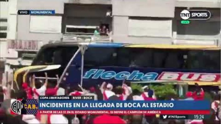Footage of Boca Juniors bus windows being thrown in by River supporters