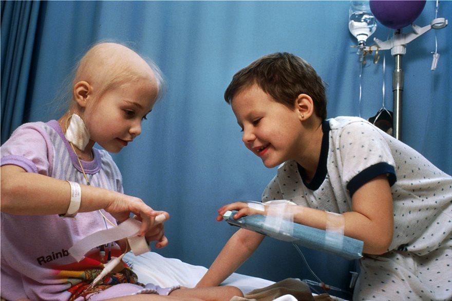 leukemia1 Νικήθηκε η Οξεία Μυελογενής Λευχαιμία από Έλληνες επιστήμονες στο Cambridge