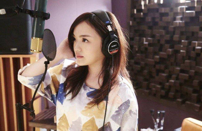 徐佳瑩宣布懷孕後首次露面,五個月身孕仍堅持唱跳,現場尖叫連連 - 壹讀
