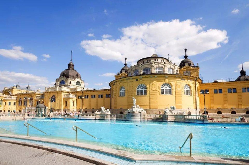 在布達佩斯泡溫泉,是我在匈牙利做過最正確的決定 - 壹讀