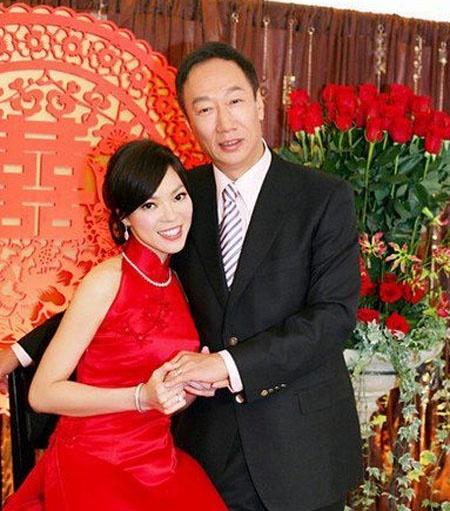 郭臺銘老婆是誰 揭前妻林淑如現任老婆曾馨瑩個人資料 - 壹讀