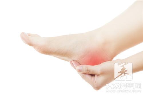 腳底發黃是什麼原因。誘發因素告訴你 - 壹讀