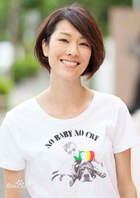 成龍電影《我是誰》里那兩位女演員真美,特別是法拉美穗 - 壹讀