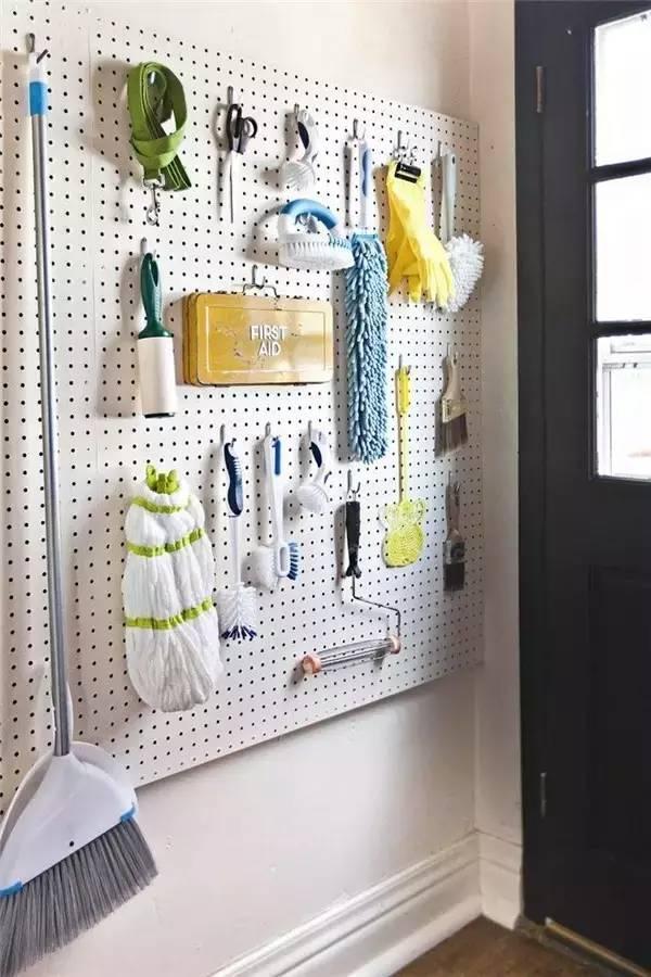 kitchen pegboard burgundy decor 一块peg board抵过你n个收纳箱 壹读 厨房pegboard