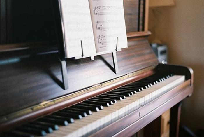 周廣仁教你彈鋼琴如何打好基礎(一)丨打好基礎有多重要?丨布希戈爾茨鋼琴 - 壹讀