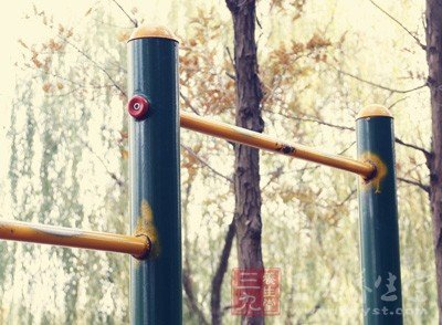 吊單槓能長高嗎 怎麼做能長得更高 - 壹讀