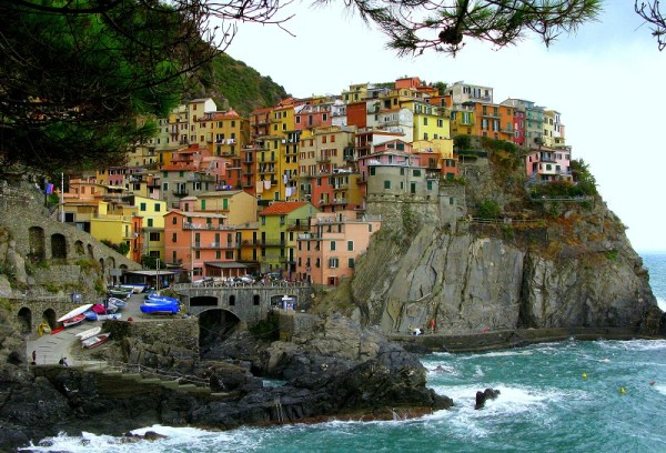Manarola a photo from La Spezia Liguria TrekEarth