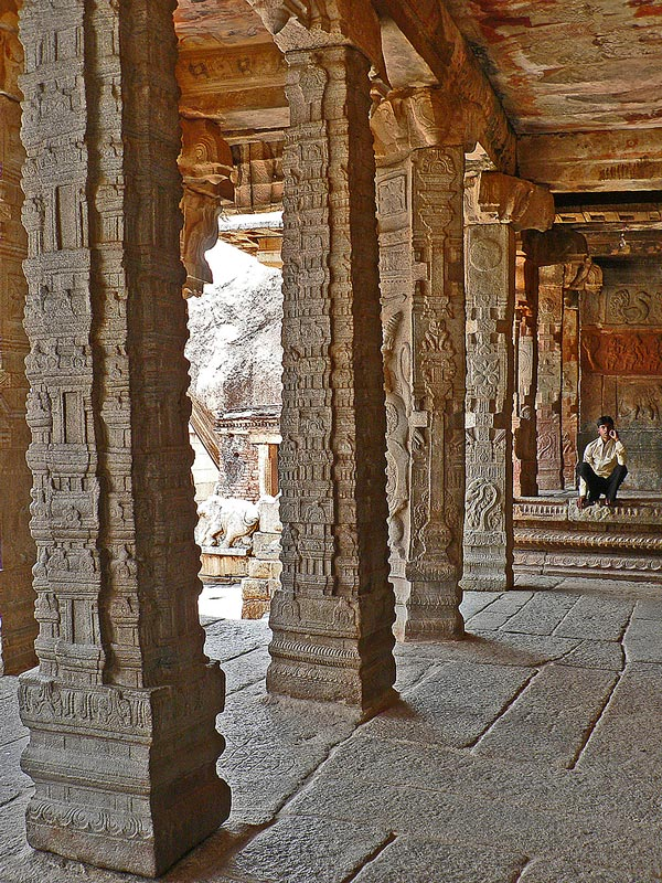 lepakshi  The Floating Pillar a photo from Andhra