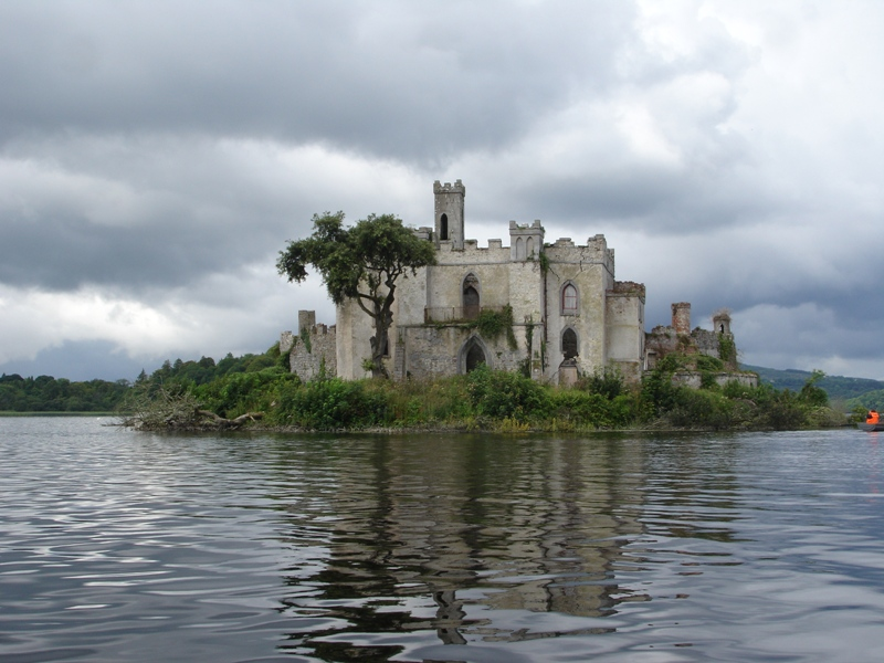 Fall Wooded Wallpaper Castle Island A Photo From Roscommon North Trekearth