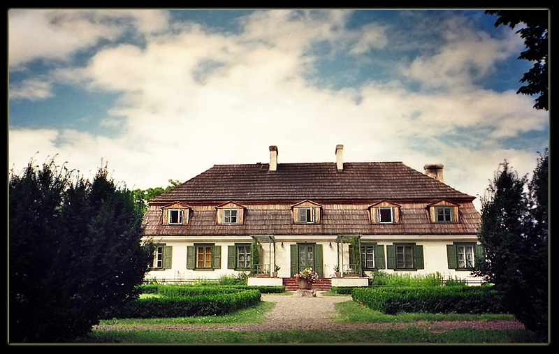 Polish Manor House a photo from Lubelskie East  TrekEarth