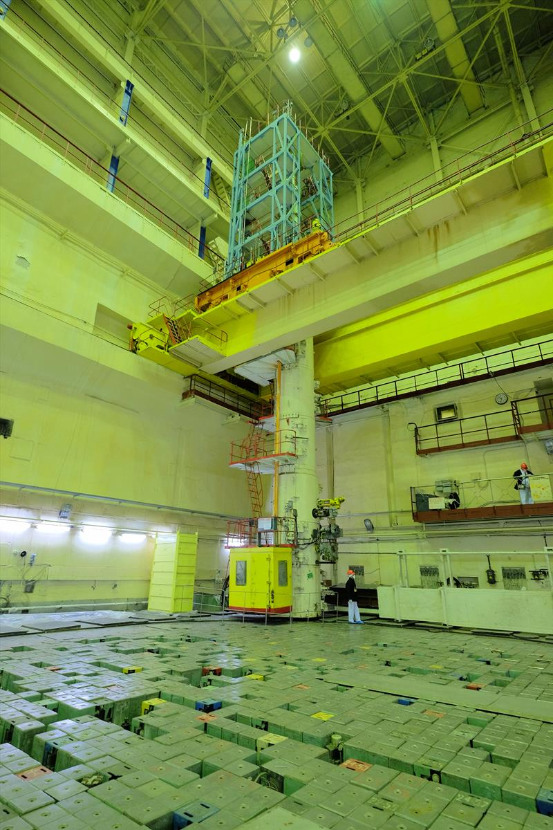 hight resolution of a photo of the unit 2 reactor and fuel handling machine at the chernobyl nuclear power plant