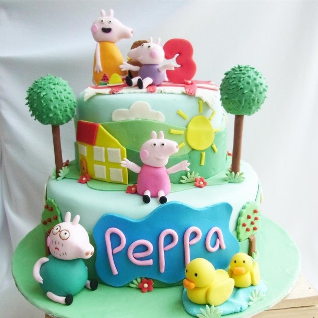32 Creative Photo Of Peppa Pig Birthday Cake Entitlementtrapcom