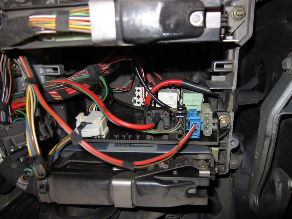 medium resolution of bmw 335i fuse box diagram