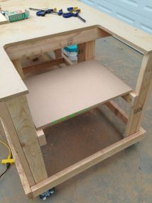 Build Your Own Table Saw Workbench