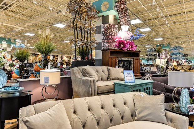 Bob S Discount Furniture Coming To Southern California