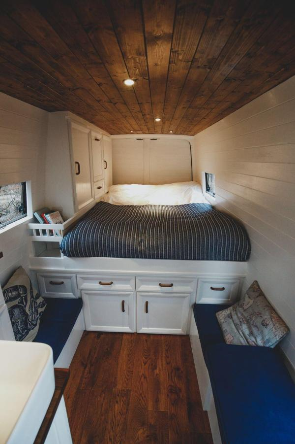 Couples Amazing Mercedes Sprinter Van Conversion