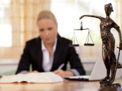 What Is The Difference Between A Lawyer A Legal