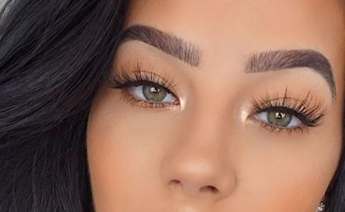 10 Sets Of Natural Looking False Eyelashes To Complete ...