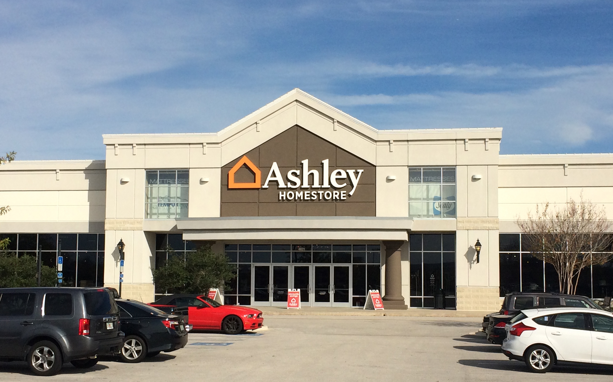 Ashley HomeStore 4621 River City Dr Jacksonville FL
