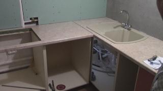 Часть 6. Монтаж нижних модулей, столешницы и мойки. Мебель своими руками. #кухнямоеймечты