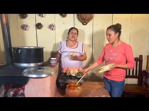Tamales de Harina y Atole de Tamarindo De Mi Rancho A Tu Cocina