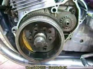 Replace a starter clutch on a Suzuki GS 1000 Motorcycle  YouTube