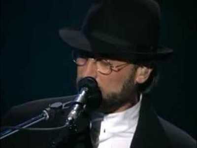 Bee Gees (8/32) - Islands in the stream - YouTube