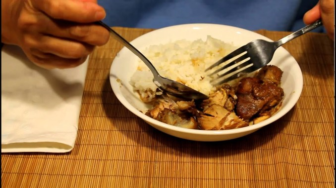 Eating Adobo and Rice With a Spoon and Fork - YouTube