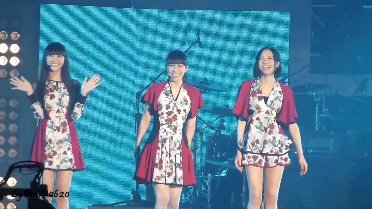 2014.02.22 Perfume - Talking 第九屆KKBOX風雲榜-2 @臺北小巨蛋 - YouTube