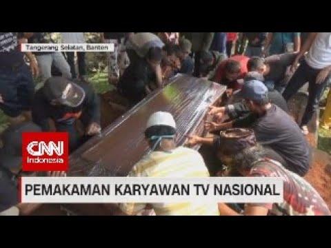 Suasana Duka Pemakaman Karyawan TV Nasional