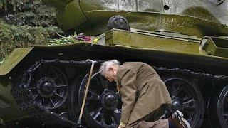 Yıllar sonra tankı ile karşılaşan Rus askeri | Fotoğraf Hikayeleri #1