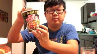 Let's Eat 3 Types of Instant Ramen (Black Pepper Crab, Old Ocean, and Tom Yum)