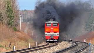 Тепловоз 2ТЭ10М-К-3439 и его ″Дымовая завеса″.