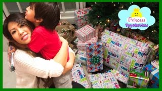 Christmas Morning 2016 Opening Presents and Surprise Toys with Princess ToysReview