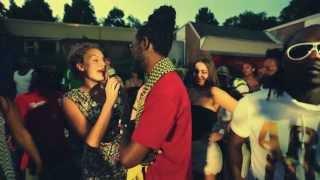 Kenny B and Tekisha - Tjaipi Lobi