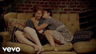Bea Miller, Jessie Reyez - FEELS LIKE HOME