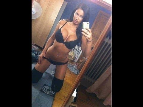 hot selfie upskirt