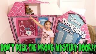 Don't Pick The Wrong Mystery Door! With Disney Doorables!